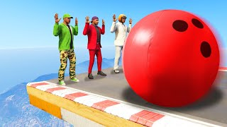 HIT THE HUMAN BOWLING PINS CHALLENGE! (GTA 5 Funny Moments)