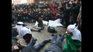 preview picture of video 'Erzurum Uni Yurtsever, Sosyalist ve Döp (Mb) Öğrencileri- Roboski Katliamı Sokak Tiyatrosu'