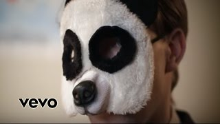 Tom Swoon & Maximals - Helter Skelter (Official Music Video)-Vevo Best