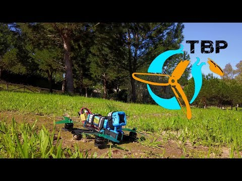 Hobbywing XRotor 4in1 / Revolt(Raceflight) / Lumenier Motors / HQ 5x4.3x3 / TBP Frame / Dinogy 4S