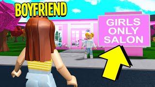 I Snuck My BOYFRIEND Into A GIRLS ONLY Salon.. We Almost Got CAUGHT! (Roblox Bloxburg)