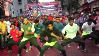 Flash Mob from Rock in Peace crew during Ganpati visarjan