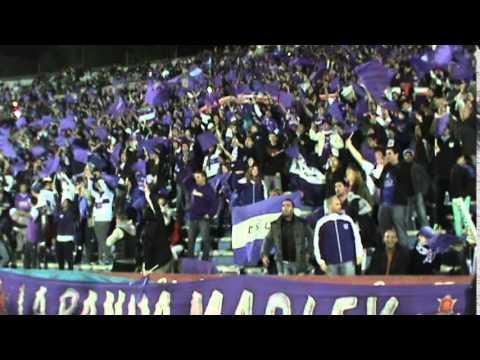 """""""Recibimiento contra Nacional de Paraguay en el Centenario"""" Barra: La Banda Marley • Club: Defensor"""