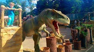 Планета Говорящих Динозавров в Одессе мы пошли в ДиноПарк Риша залез на динозавра в Park DINOSAURS