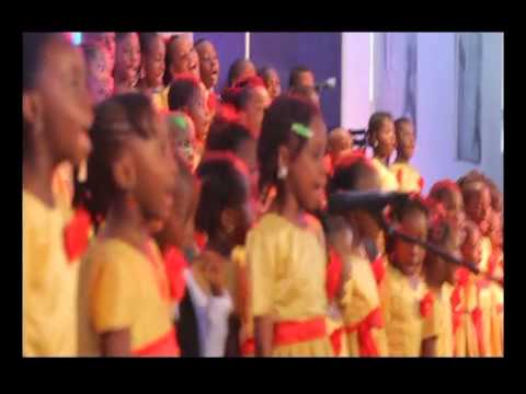 "THE FATHER'S HOUSE CHILDREN CHOIR SINGING ""HAPPY BIRTHDAY JESUS"""