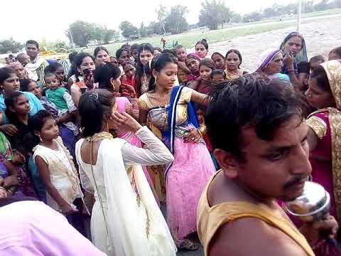 #Ravi ki shadi village wedding but awesome performance