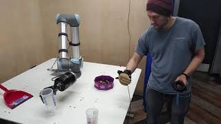 video: Robo-hand firm has grip on future pandemics