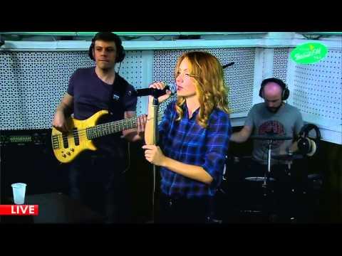 МакSим - На Радиоволнах (LIVE Весна FM)