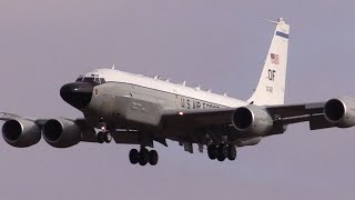 preview picture of video 'KC-135 and RC-135 weekend ops at RAF Mildenhall'