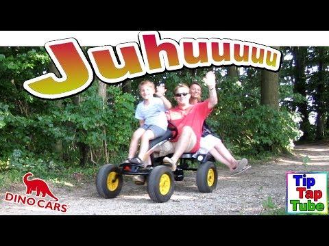 Lustige Dino Car Spritztour | Gocart Kettcar Tretauto für die ganze Familie Vlog TipTapTube