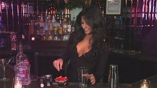 Monica Alvarez, NYC's 'Sexiest Bartender,' Mixes Up a 'Fragolita'