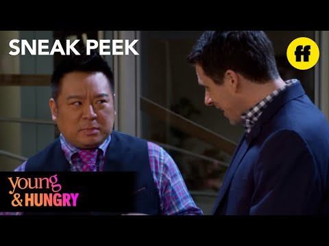 Young & Hungry 5.02 (Clip 'A Present')