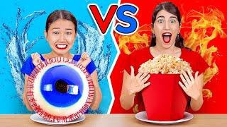 빨강 VS 파랑 챌린지 || 123 GO! CHALLENGE Korean의 24시간 동안 단 한 가지의 색 음식만 먹기!
