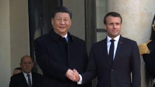 Xi Jinping arrive à l