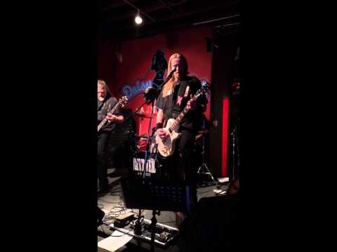 Crawl - Live in Nashville