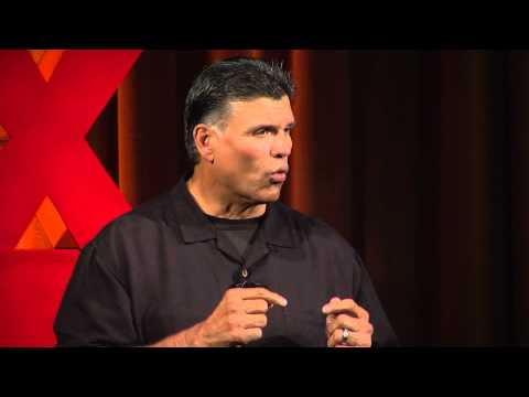 Move forward | Anthony Muñoz | TEDxCincinnati