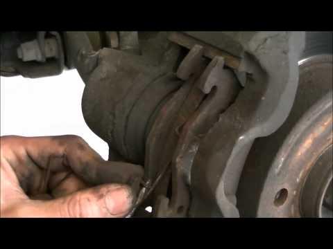 VideoTutorial HD | Cambio de Pastillas delanteras Renault 19