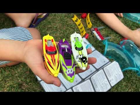 Micro Boats, barcos de agua de 4 direcciones y circuito competición