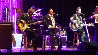Chris Isaak--Only the Lonely, Milwaukee Summerfest 7-09-16