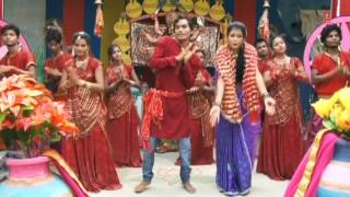 Devi Maiya Durga Kaali Bhojpuri Devi Bhajan [Full Video Song] I Chala Ho Pujariya Maiya Ke Duariya - Download this Video in MP3, M4A, WEBM, MP4, 3GP