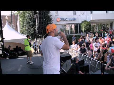 "CrazyHorse & Colston ""Bouncin"" (LIVE @ Bele Chere 2013)"
