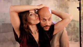 Download Youtube: Laugh with METEOR SHOWER's Laura Benanti & Keegan-Michael Key at This Glam Photo Shoot