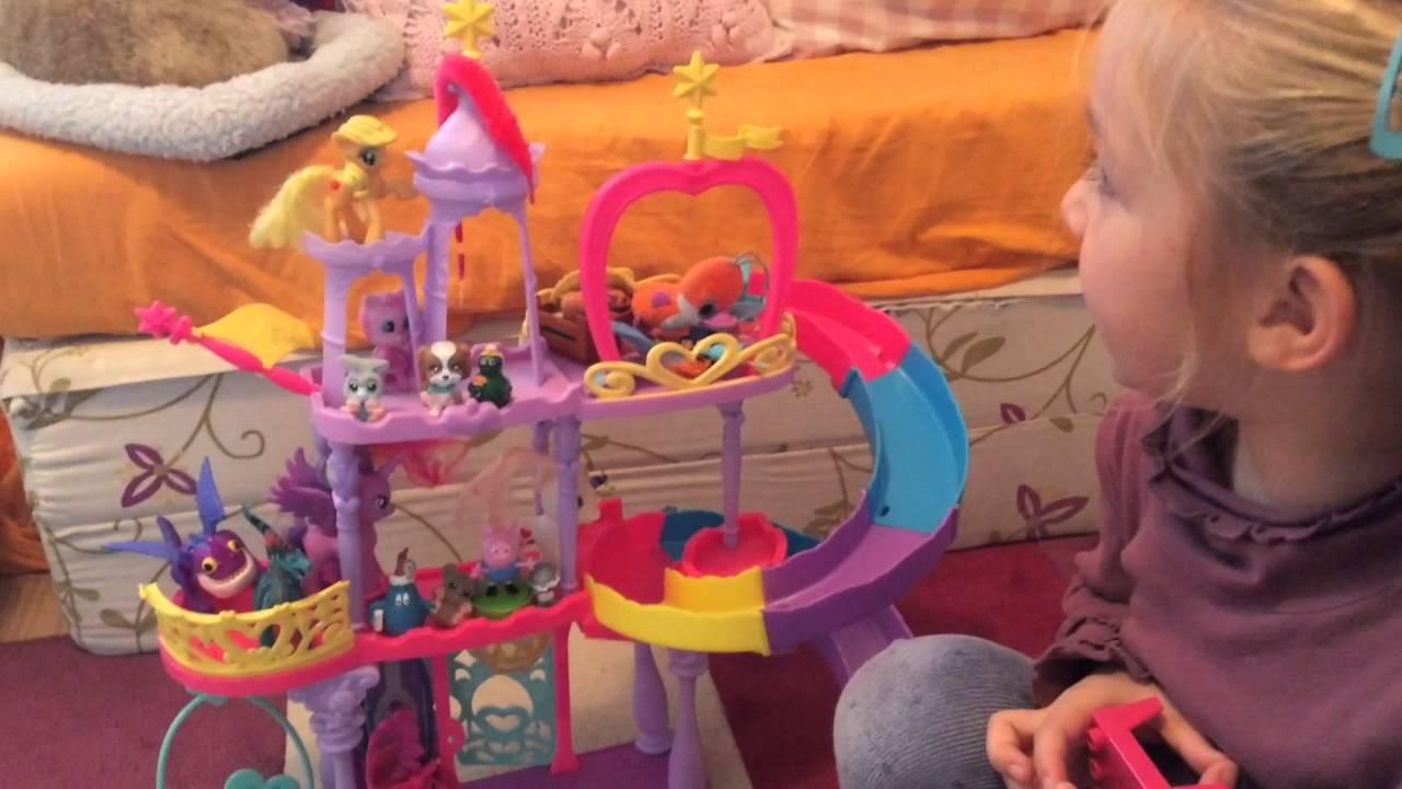 Los muñecos de Camila