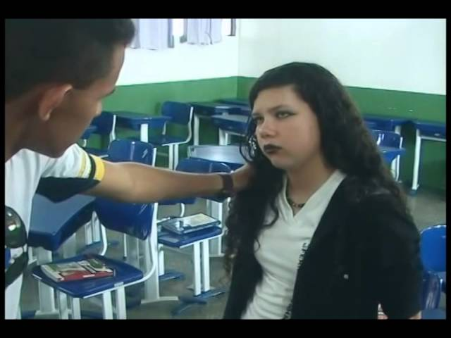 Bullying-curta-metragem-um-ombro