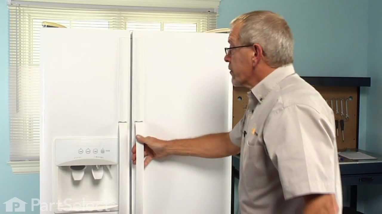 Replacing your Frigidaire Refrigerator PureSource Replacement Filter