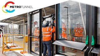 Platform screen doors are coming to Melbourne