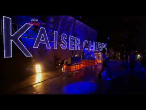 Kaiser Chiefs - Never Miss A Beat - Live @ Reading 2009
