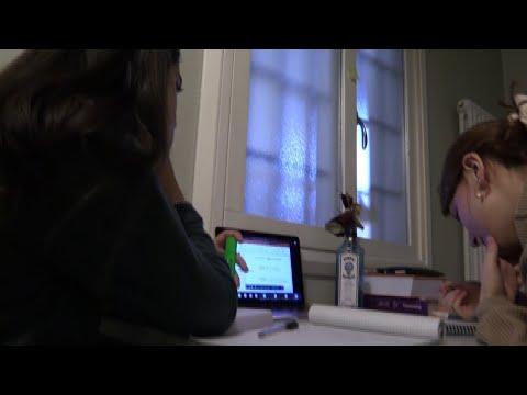 Il sesso con la mamma vіdeo on-line