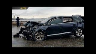 В Дніпрі після ДТП водія через вікно викинуло на дорогу
