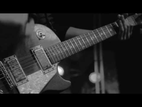 THE DEFIANCE - Give Me a Future to Swallow (live @ Fabrik)