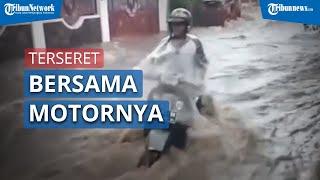 Viral Seorang Warga Terseret Banjir bersama Motornya di Jl Sukamulya Indah
