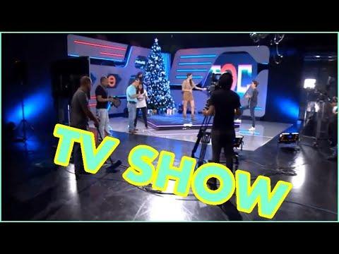 Tv Show Studio Camera Lighting Technology Setup & Tv Studio Camera Techniques With Television Set Lighting azcodes.com