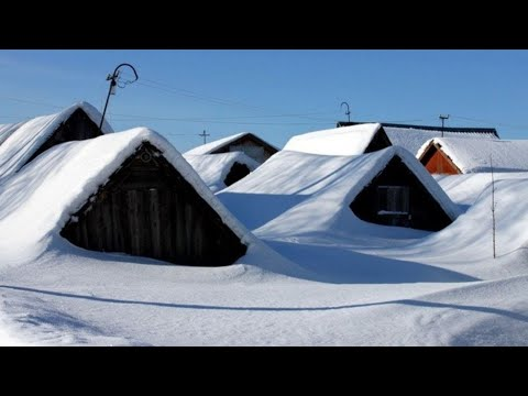 СТРАШНЫЕ КАДРЫ! Дома засыпало по крыши, снежная буря в России, снегопад Сахалин, Сочи | боль земли