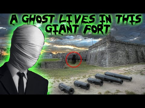 A GHOST LIVES IN THIS HAUNTED FORT! (caught on film)