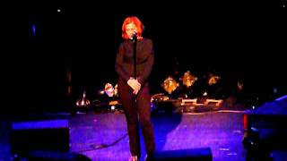 Alison Moyet & Vince Clarke - Ode To Boy & Don't Go (Live 14/05/11 @ The Roundhouse)
