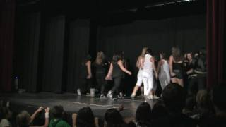 preview picture of video 'DDM Montornés 2009 - Estudio de Danza Paqui Maestre - Parte 11'