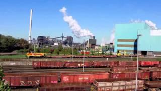 preview picture of video 'Duisburg-Hüttenheim - Ansicht der HKM-Stahlwerke'