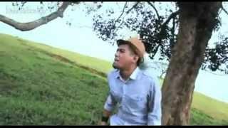 Azlan & The Typewriter - Idola (Official Music Video - OST Hoore Hoore)