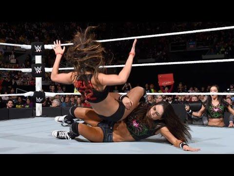 WWE RAW 11.17.14 Brie Bella vs. Nikki Bella (720p)