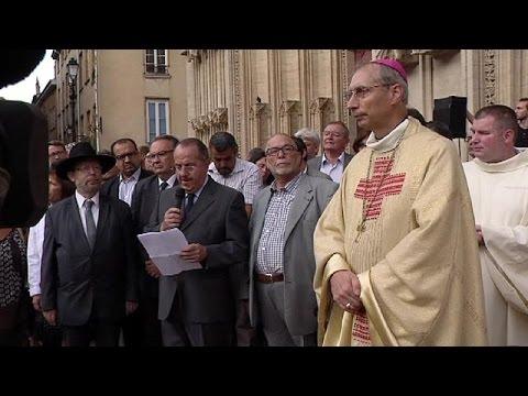 Θρήνος και περισυλλογή: Η Λυών προσευχέται για την Ρουέν