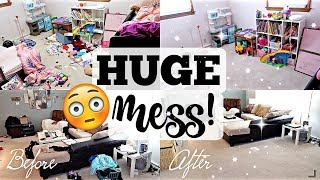 SUPER MESSY SPEED CLEANING! How I Keep My House Clean-ISH in Nursing School | Working Mom Motivation