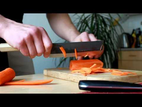 Sirou Kamo Nakiri vs Ikea - Möhre schneiden