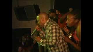 Too Short Falls off Stage after fight in Sacramento club!