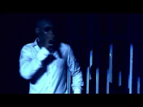 2Face - Spiritual Healing & African Queen [Performance At Buckwyld & Breathless Concert]
