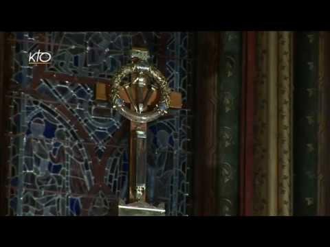 Arrivée de la procession et messe à la Sainte-Chapelle