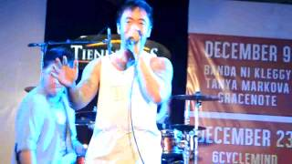 Glass Is Broken - Chicosci (Live @ Tiendesitas)